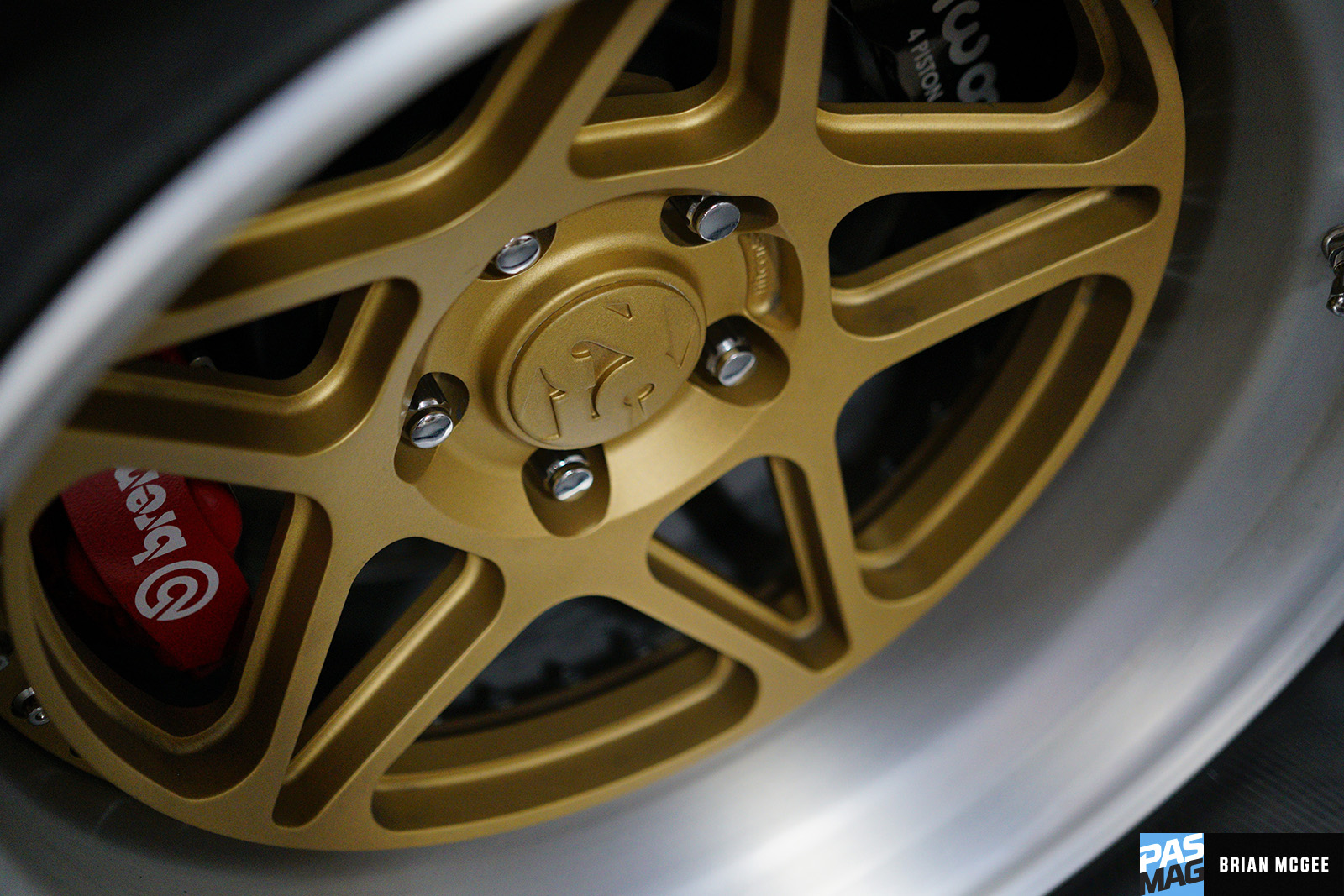 Pasmag Performance Auto And Sound Prancing Horse