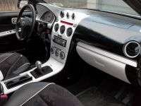 2004_Mazda_6s_Justin_Whitted_Inside3