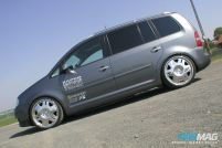 Michael Big Oki Muller 2004 VW Touran PASMAG 5