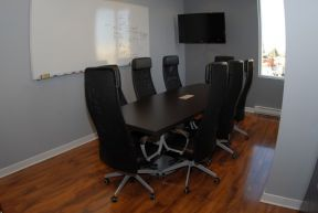 Unitronic_Chipped_Board_Room