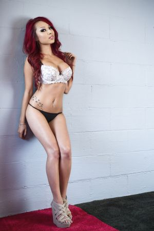 Model of the Week: Jenn Q