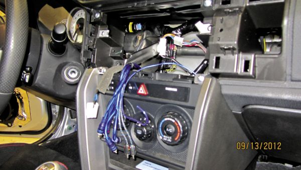 12 Volt Insider: I'm Afraid to Change my Radio