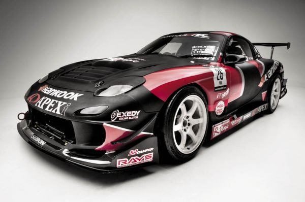 A'PEXi's RX-7 is one rare ride the company has campaigned over the years and is No. 2 of 3 FD3S chassis in their fleet. Built back in 2003 by A'PEXi USA, the No.2 car was built to campaign as a drift car back when D1 Grand Prix drifting first came to the United States.