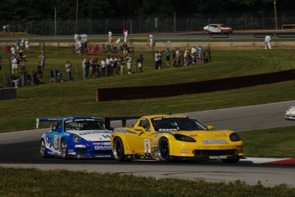 Mike Skeen, of Charlotte, N.C., scored a World Challenge GT Championship debut victory Saturday, winning the first half of the Optima Batteries Mid-Ohio Grand Prix Presented by GameStreamer at Mid-Ohio Sports Car Course.