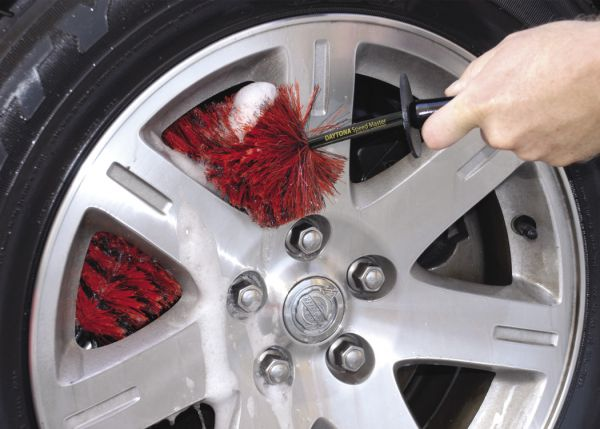Daytona Speed Master Wheel Brush