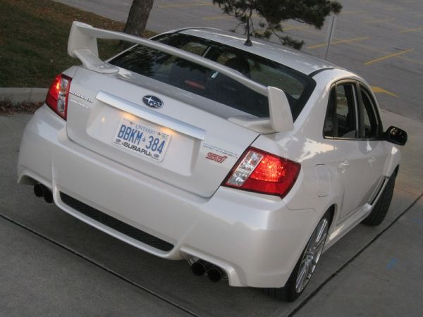 2011_Subaru_STi-Review15h