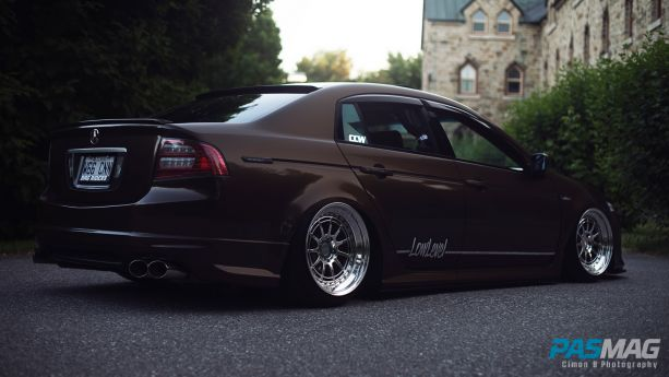 PASMAG Trending Tuner Battlegrounds Alexander Angers 2004 Acura TL Cimon B Photography right corner