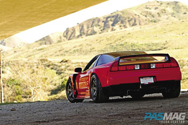 Pursuit-of-Perfection-Tony-Khamlys-1991-Acura-NSX Sorcery LCON exhaust