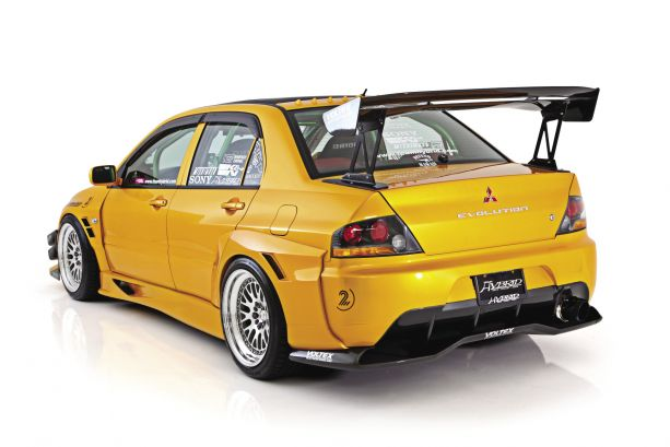 Straight Shooter: 2005 Mitsubishi Lancer EVO 9