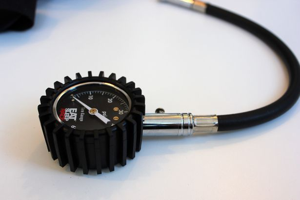 Eat Sleep Race 60 PSI Tire Pressure Gauge PASMAG 01