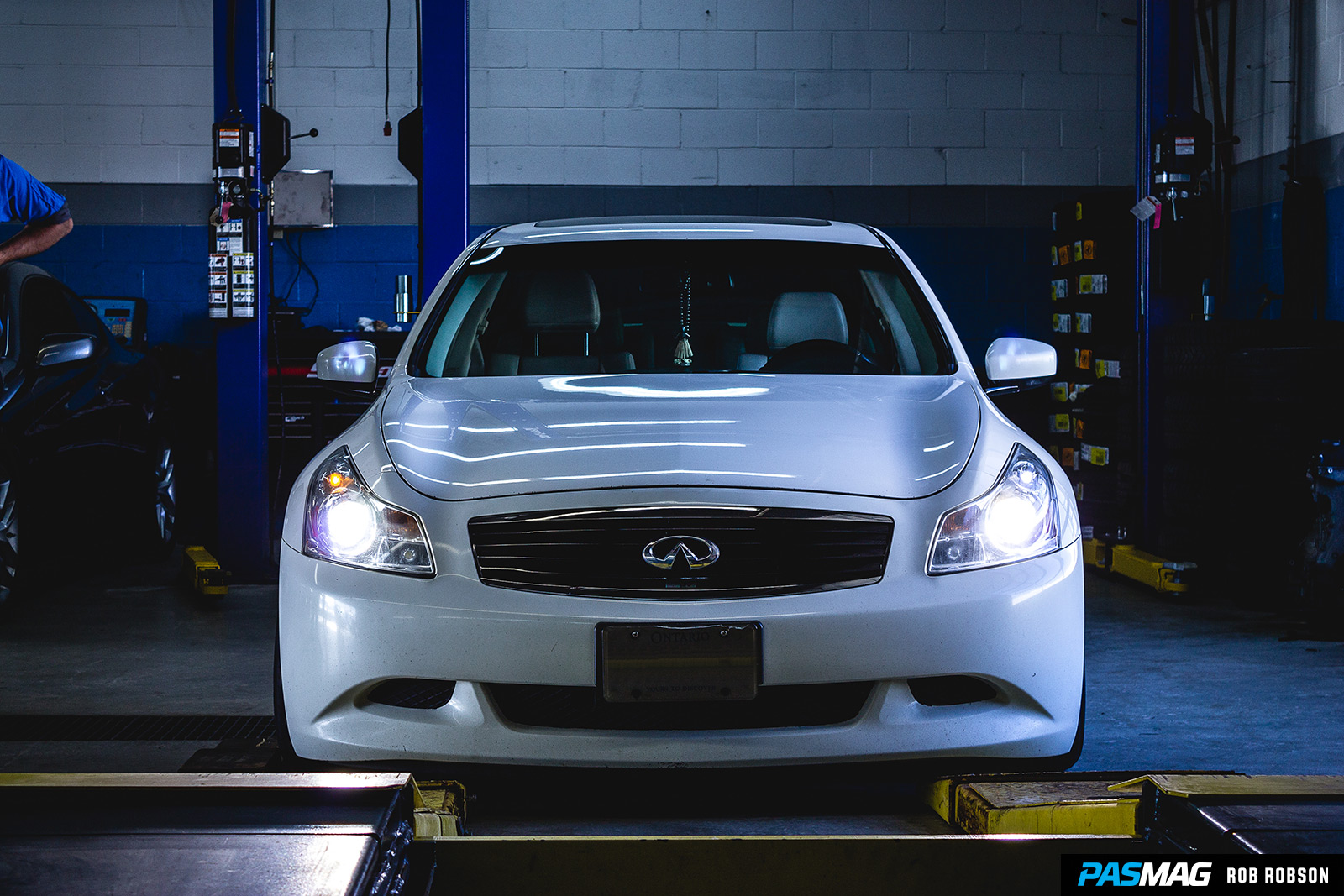 Fitted 101 Infiniti G37xS PASMAG Rob Robson 42