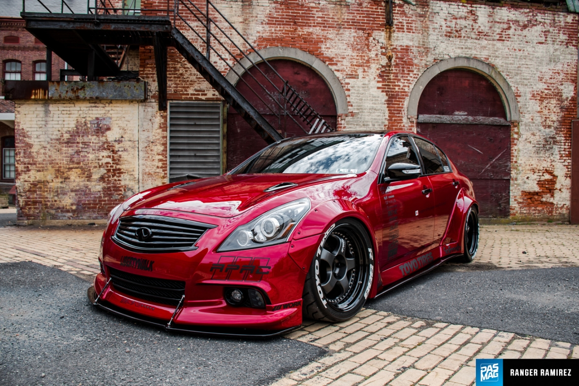 Mars Attacks: Drew Evans' Liberty Walk Sedan