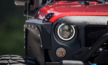 Big Bad Wolf: DS18's 2014 Jeep Wrangler JK Nightcrawler