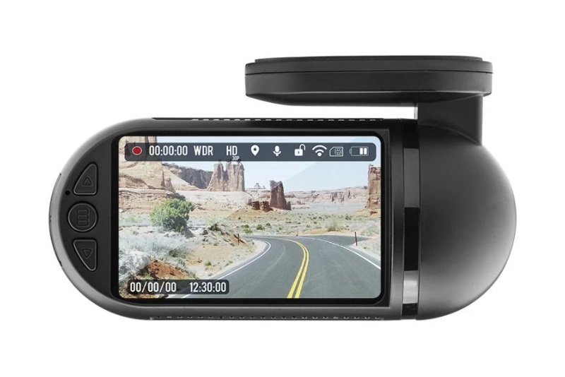 DS18 BBX2 dash camera dashcam pasmag 03